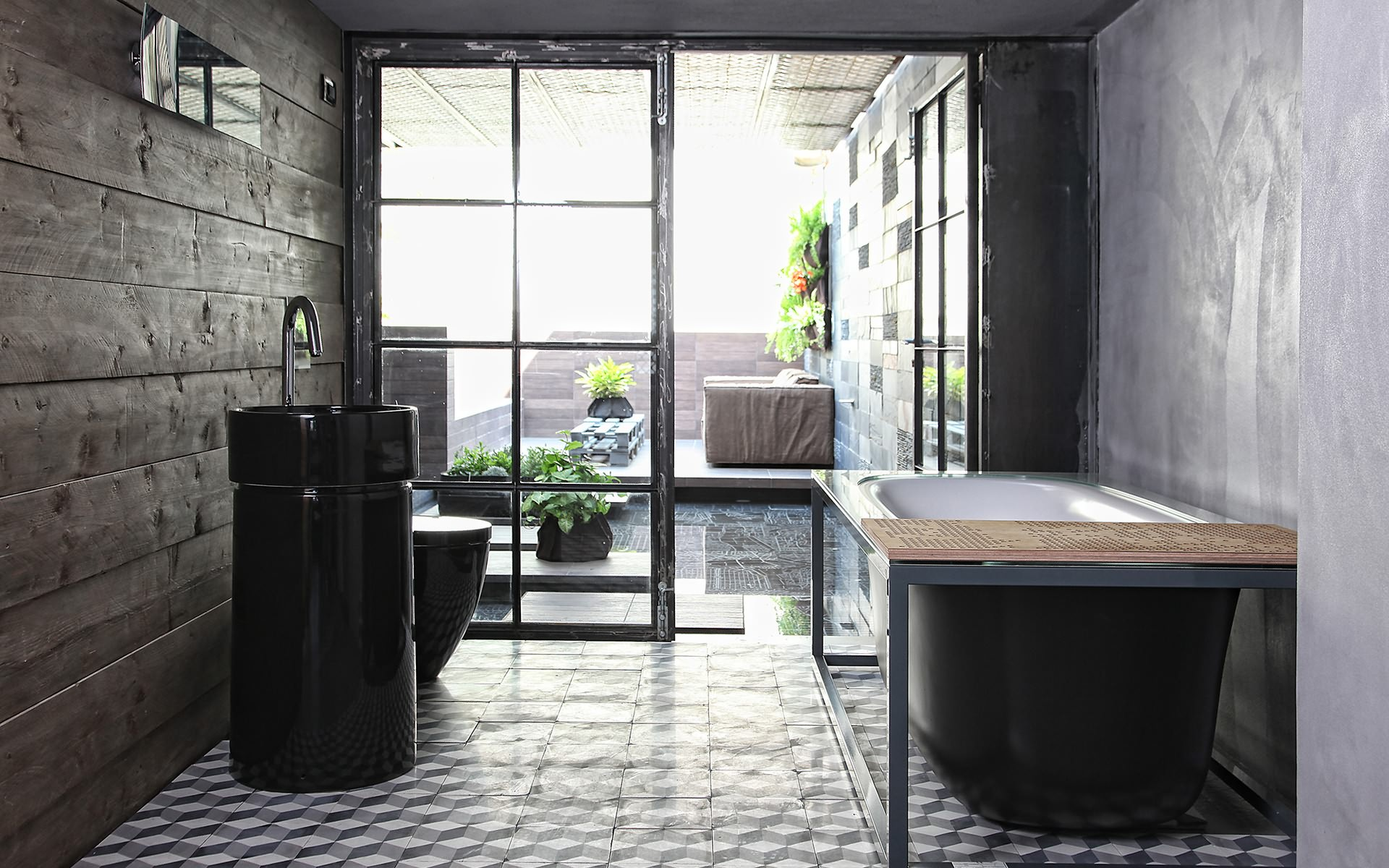 ванна, кафель, дверь