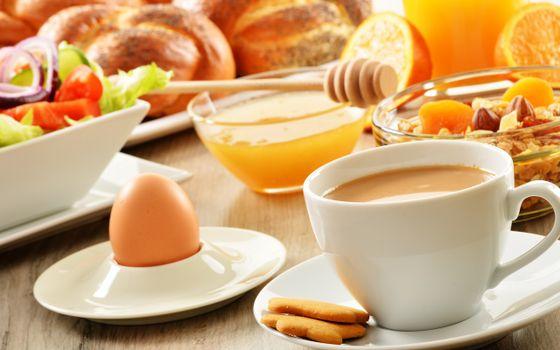 Бесплатные фото завтрак,чашка,кофе,печенье,яйцо,мед,салат,выпечка,еда