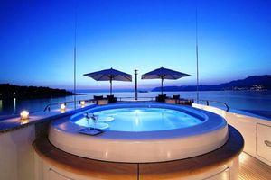 Фото бесплатно бассейн, коктейли, мартини