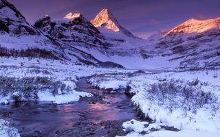 Бесплатные фото горы,пик,свет,лучи,снег,зима,мороз