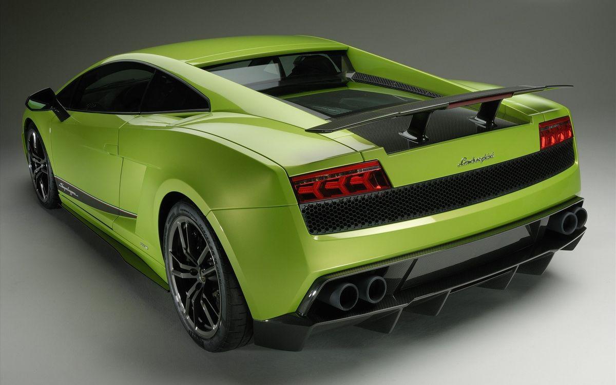 Фото бесплатно lamborghini, зелёный, вид с зади, машины, машины