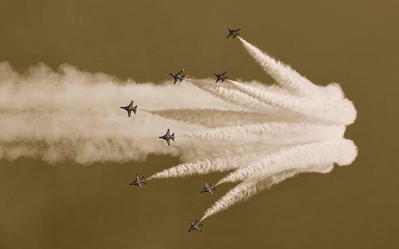 Photo free show, aerobatics, speed