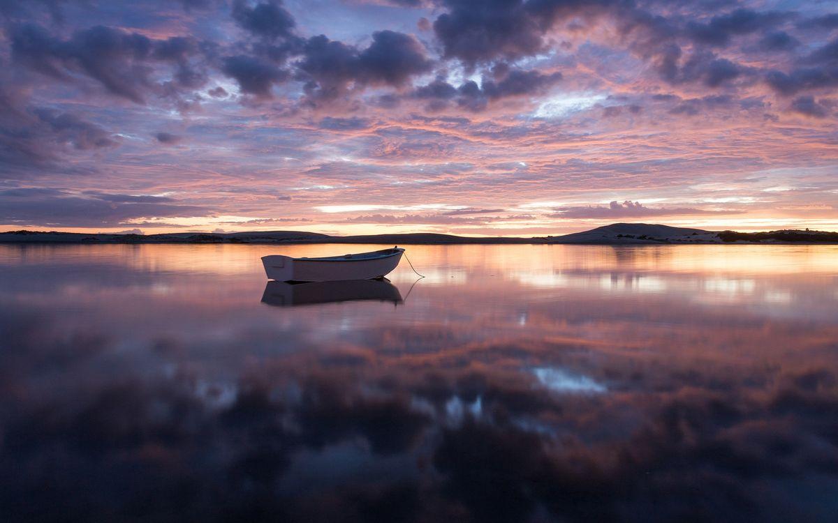 Фото бесплатно вечер, озеро, лодка - на рабочий стол