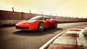 Бесплатные фото ferrari 360,красная,спорт,трек,скорость,машины