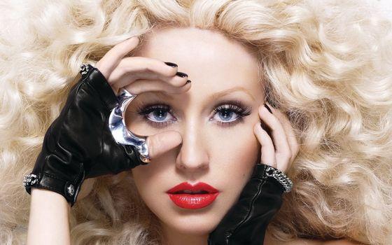 Заставки блондинка, перчатки, глаза