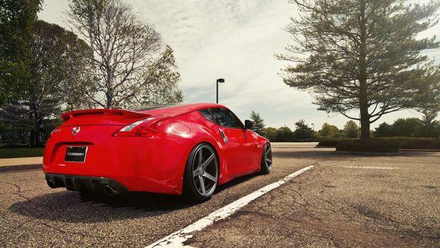 Photo free wheels, lights, Nissan