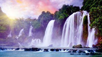 Бесплатные фото водопады,река,деревья,камни,небо,солнце,пейзажи