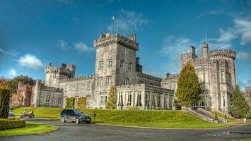 Фото бесплатно замок, окна, трава