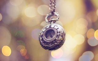 Обои макро, блики, украшение, свет, цвет, часы, тепло