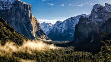 Бесплатные фото горы,вершины,снег,лес,дымка,природа,пейзажи