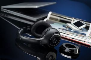 Photo free headphones, sennheiser, laptop