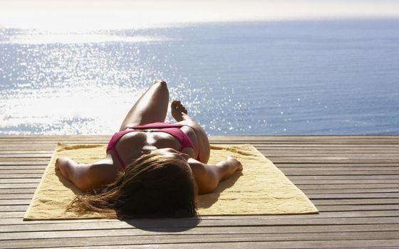 Photo free sunbathing, babes, girl