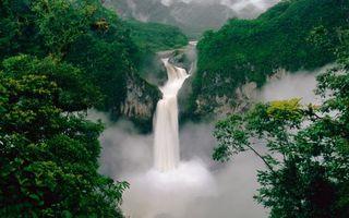 Бесплатные фото водопад,туман,горы,джунгли,река,природа