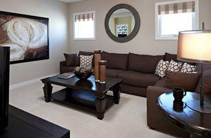 Фото бесплатно диван, зеркало, стол