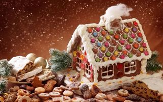 Фото бесплатно новогодний испечённый дом, новогоднее печенье, снег