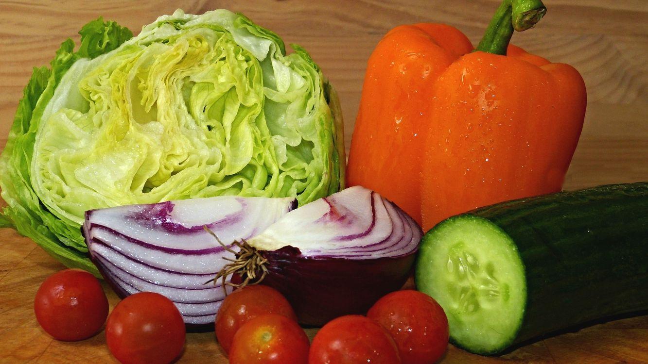 Фото бесплатно овощи, лук, огурец, перец, помидоры, капуста, еда, еда