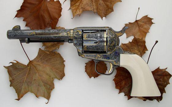 Photo free revolver, white, hand