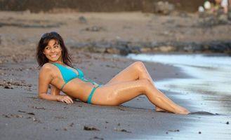 Бесплатные фото roxanne pallett,сексуальная,cute,hot,beach,bikini,sexy ноги