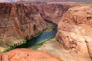 Бесплатные фото природа,річка,гори,небо,пейзажи