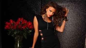 Бесплатные фото irina-shayk,black,dress,model,babe,long hair,девушки