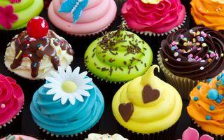 Бесплатные фото пирожное,крем,разноцветный,шоколад,присыпки,сладости,еда