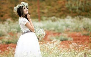 Бесплатные фото азиатка,платье,белое,венок,цветы,глаза,губы