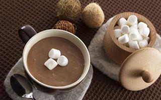 Обои какао, горячий, шоколад, вкусняшка, сладость, сахар, кубики, ложка, чашка, кружка, стол, скатерть