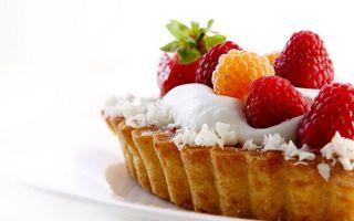 Бесплатные фото корж,тесто,пирог,крем,фрукты,малина,клубника