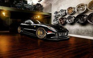 Заставки феррари, спорткар, черный, гараж, стена, диски