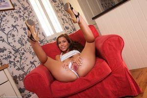 Бесплатные фото Satin Bloom,красотка,девушка,модель,голая,голая девушка,обнаженная девушка