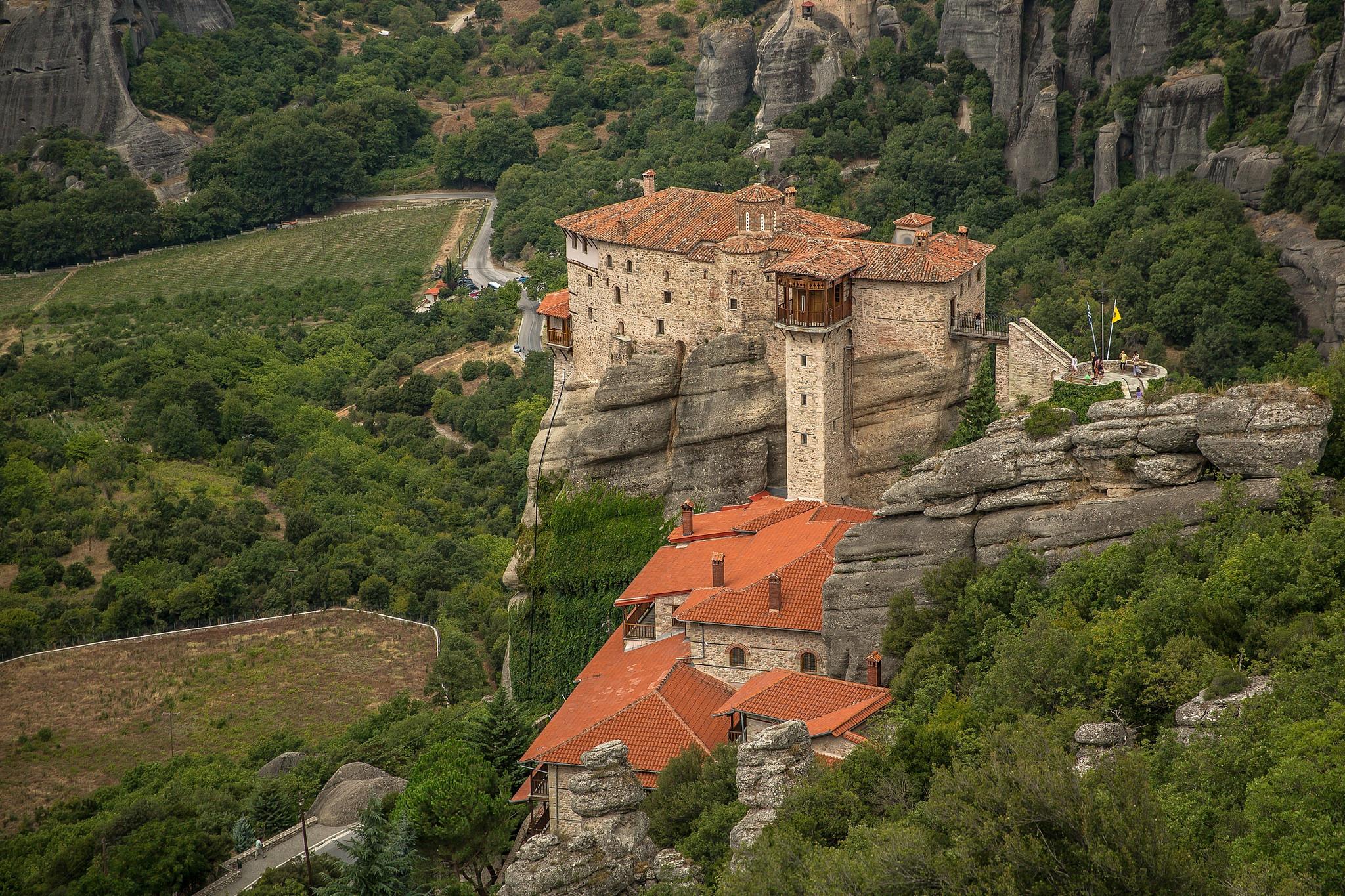 обои The Monastery of RousanouSt Barbara, Meteora, Greece картинки фото