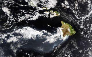 Фото бесплатно планета, земля, острова, океан, облака, фото с орбиты