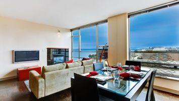 Бесплатные фото гостиная, диван, плазма, стол, сервировка, окно, панорамное