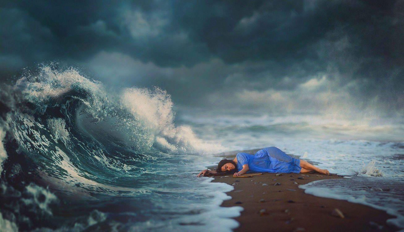 Обои магия, сон, море, волшебство, небо, волна, девушка на телефон   картинки ситуации - скачать