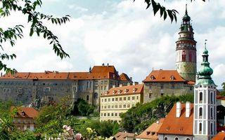 Фото бесплатно дома, строения, окна, крыши, башни, деревья
