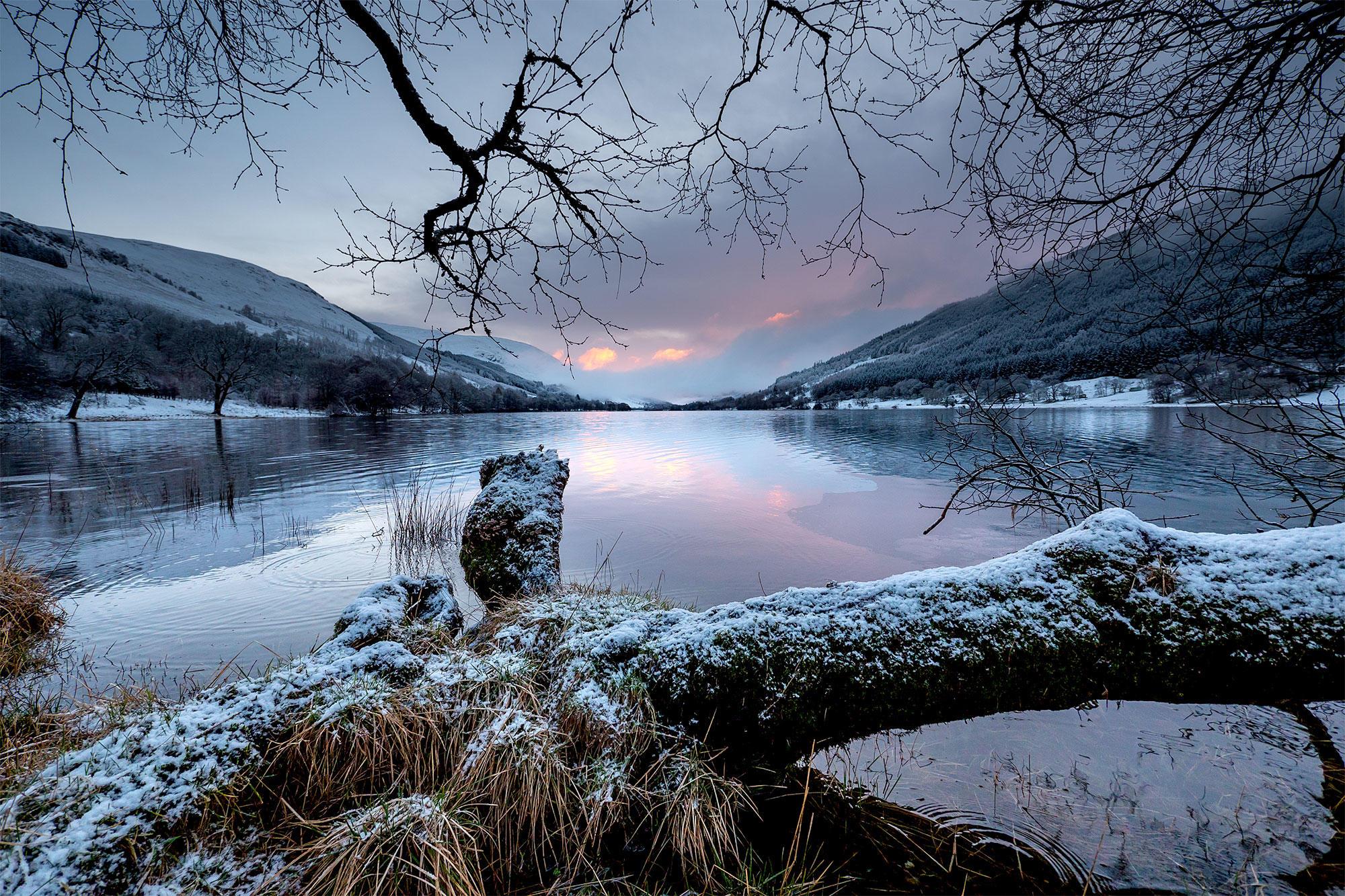 обои зима, озеро, горы, деревья картинки фото