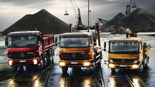 Фото бесплатно стройка, грузовики, Mercedes-Benz