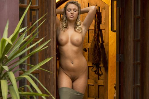 Zoey Taylor Babes