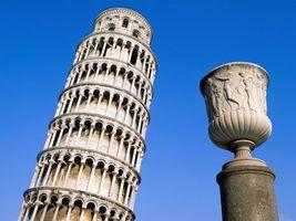 Бесплатные фото башня,падающая,старинная,небо,высоко,необычно,город