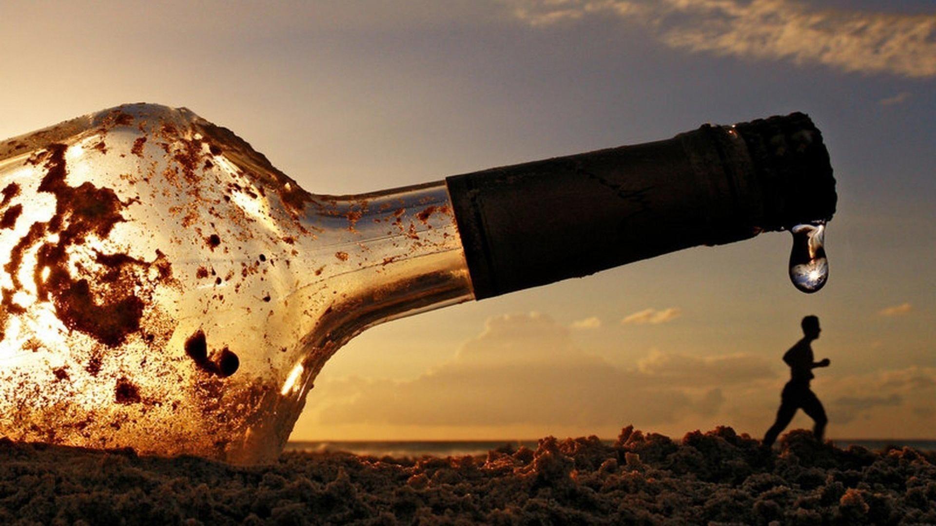 бутылка, человек, берег