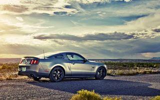 Бесплатные фото форд мустанг,небо,тучи,солнце,лучи,тень,трава