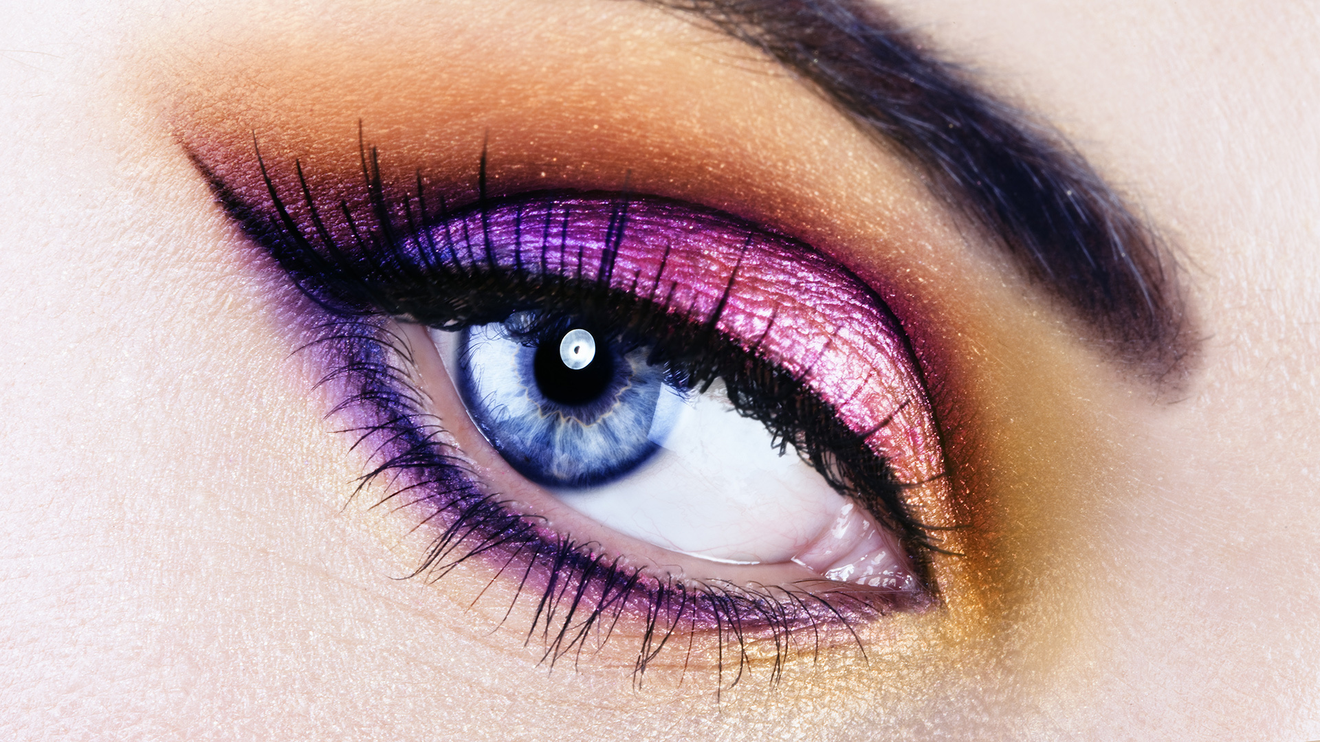 Images of eye makeup