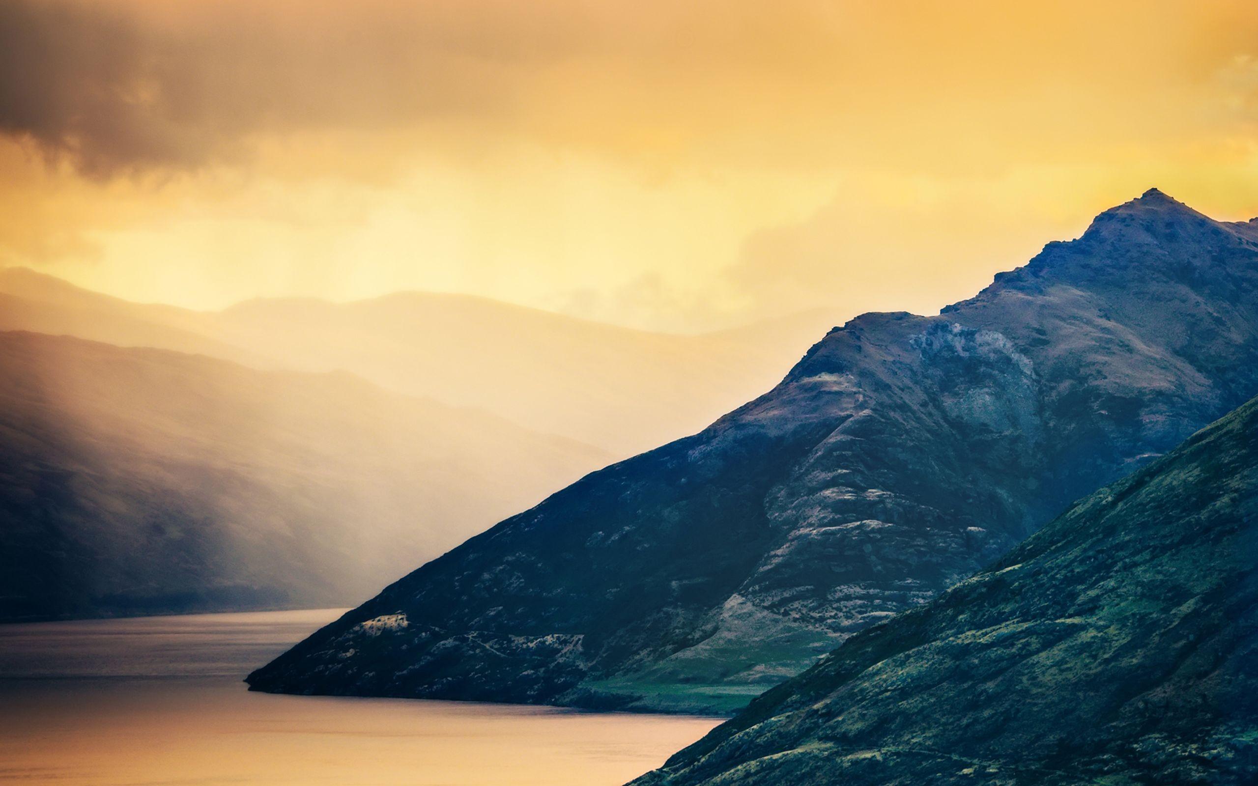 Обои горы, холмы, закат, туман