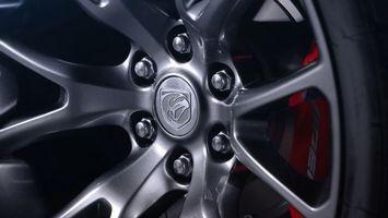 Фото бесплатно колесо, диск, болты
