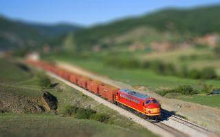 Бесплатные фото локомотив,поезд,состав,рельсы,шпалы,трава,поле