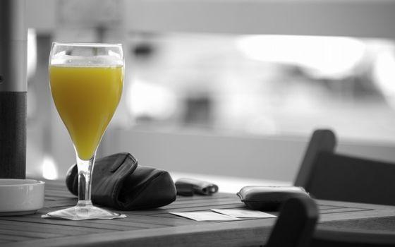Photo free juice, glass, table