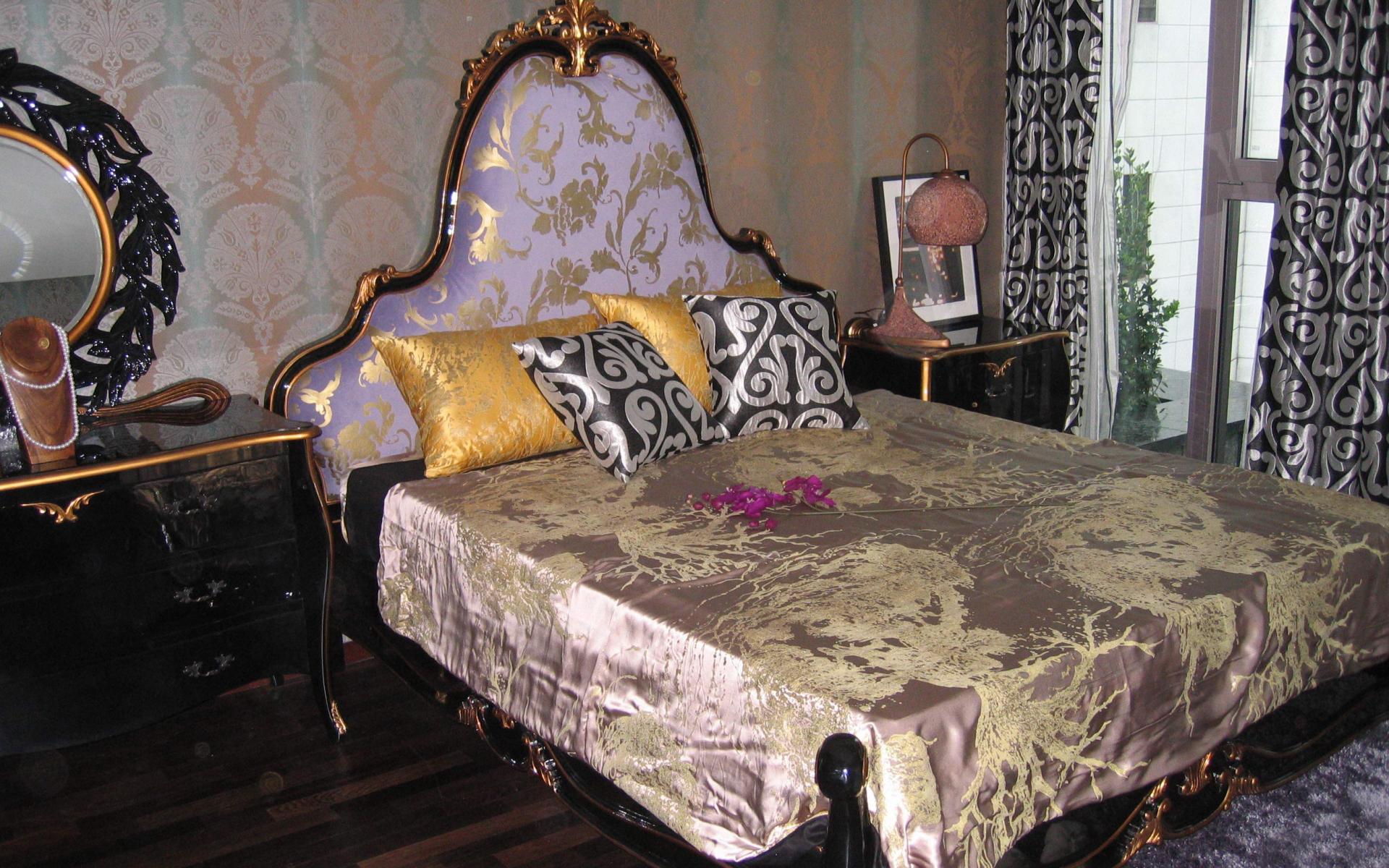 спальня, кровать, подушки