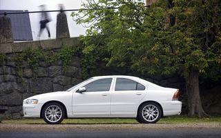 Бесплатные фото автомобиль,колеса,диски,решетка,капот,дорога,асфальт