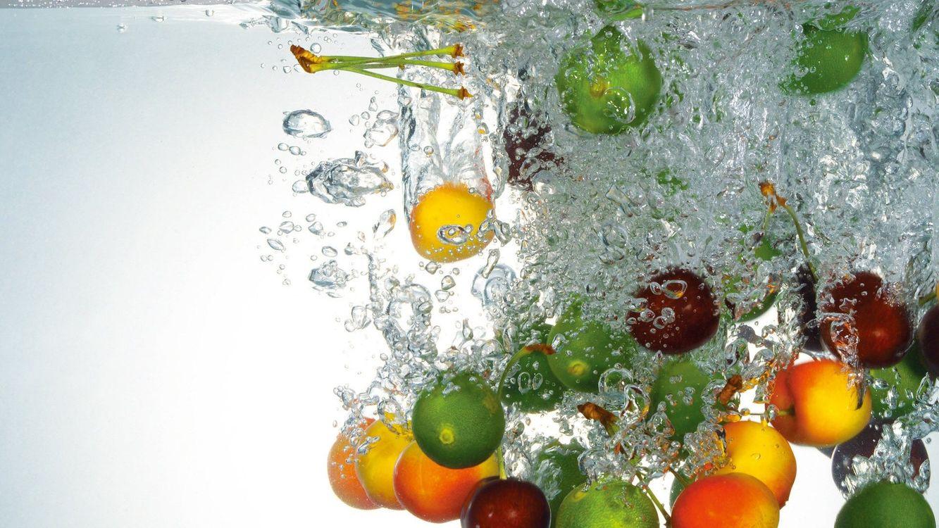 Фото бесплатно фрукты, вода, капли - на рабочий стол