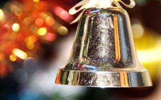 Бесплатные фото колокольчик,металл,блеск,бантик,ленточка,отражение,разное